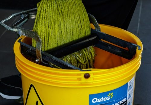 perth_strata_cleaning_mop_bucket_equipment_01